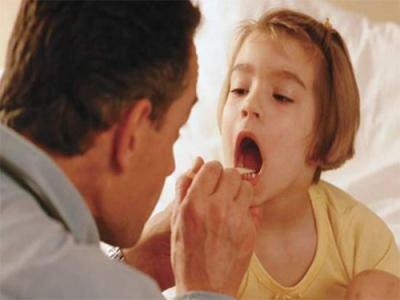 Мазок у детей из носоглотки поможет выявить причину болезни