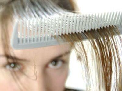 Выпадение волос на голове может быть нормой