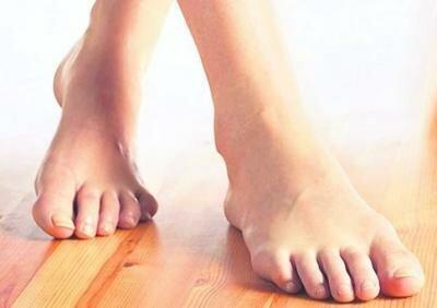 Красивые ступни без мозолей
