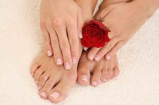 Как лечить продольные трещины ногтей на руках